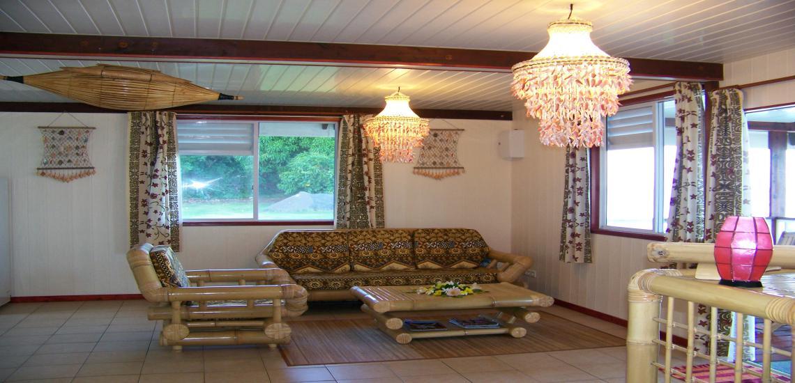 https://tahititourisme.jp/wp-content/uploads/2017/08/HEBERGEMENT-Maupiti-Residence-2.jpg