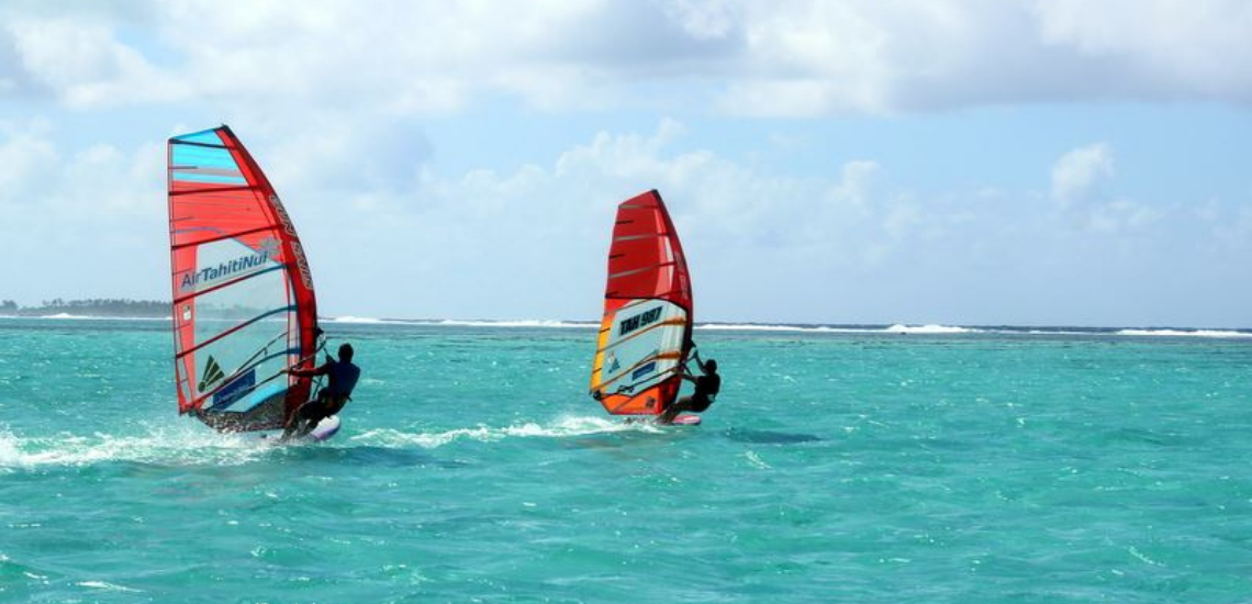 https://tahititourisme.jp/wp-content/uploads/2017/08/Raiatea-Windsurfing.png