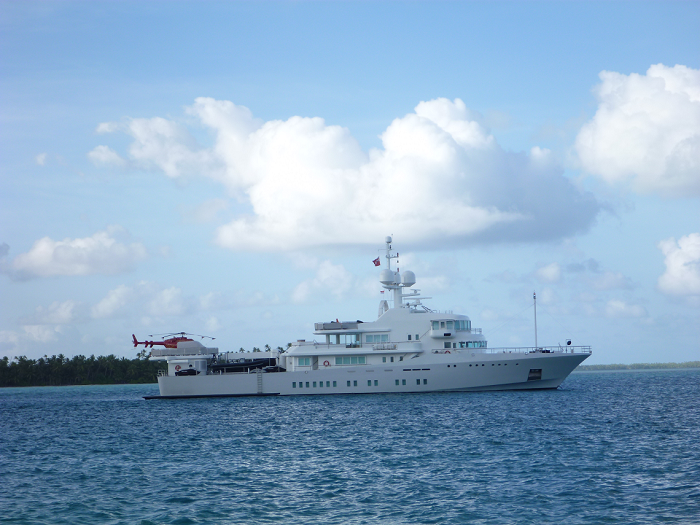 https://tahititourisme.jp/wp-content/uploads/2017/08/TAHITI-SUPERYACHT-SUPPORT_featured-image.png