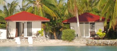 https://tahititourisme.jp/wp-content/uploads/2017/08/bungalow-plage-premium.jpg