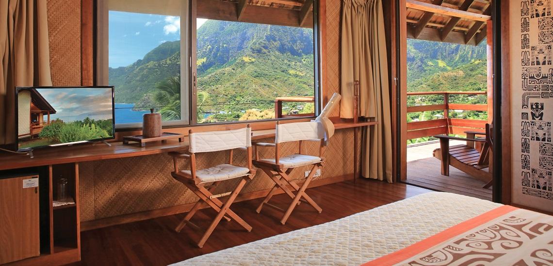 https://tahititourisme.jp/wp-content/uploads/2018/03/HEBERGEMENT-Hiva-Oa-Hanakee-Pearl-Lodge-2.jpg