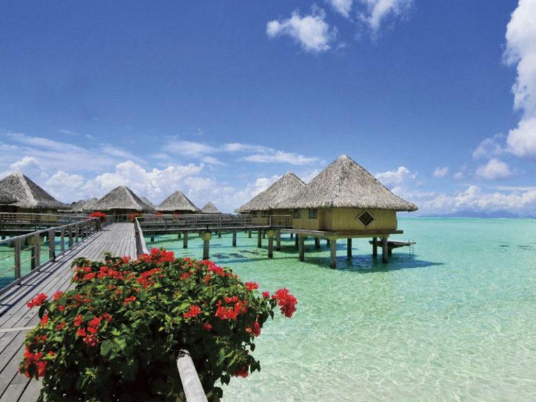 水上バンガローに滞在! ボラボラ島3泊+タヒチ島1泊6日間