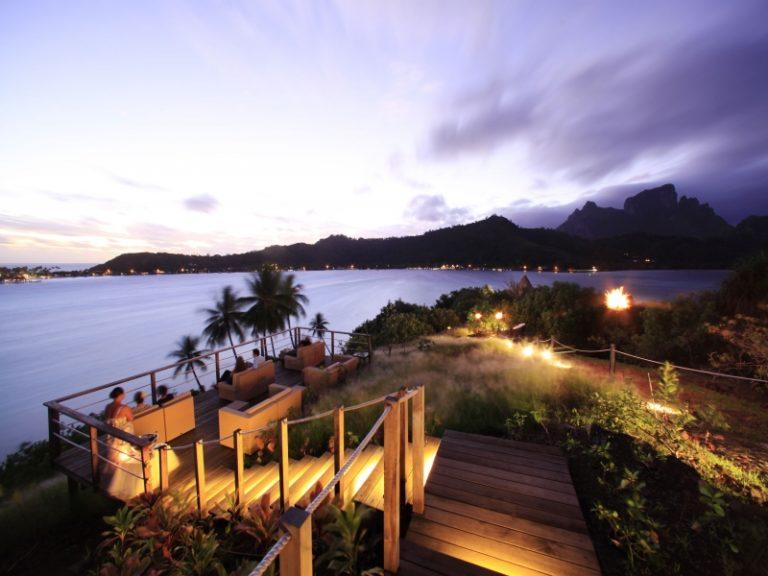 《早割120適用》高台からのサンセットが絶景!ボラボラ島3泊+タヒチ島1泊6日間