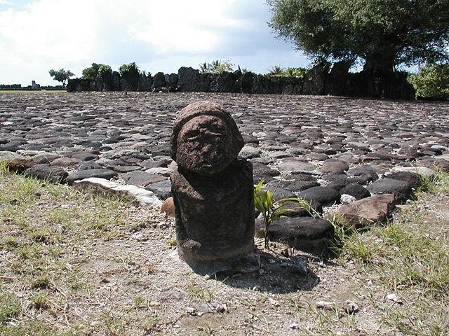 世界文化遺産『タプタプアテア』観光付ツアー