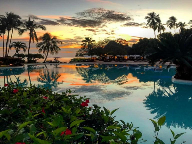★憧れの南国の島タヒチへ★タヒチ島6日間 イアオラビーチリゾート滞在