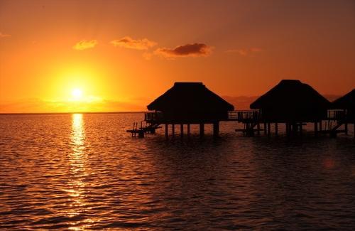 憧れの楽園に行こう!モーレア島+タヒチ島6日間 ヒルトン・モーレア