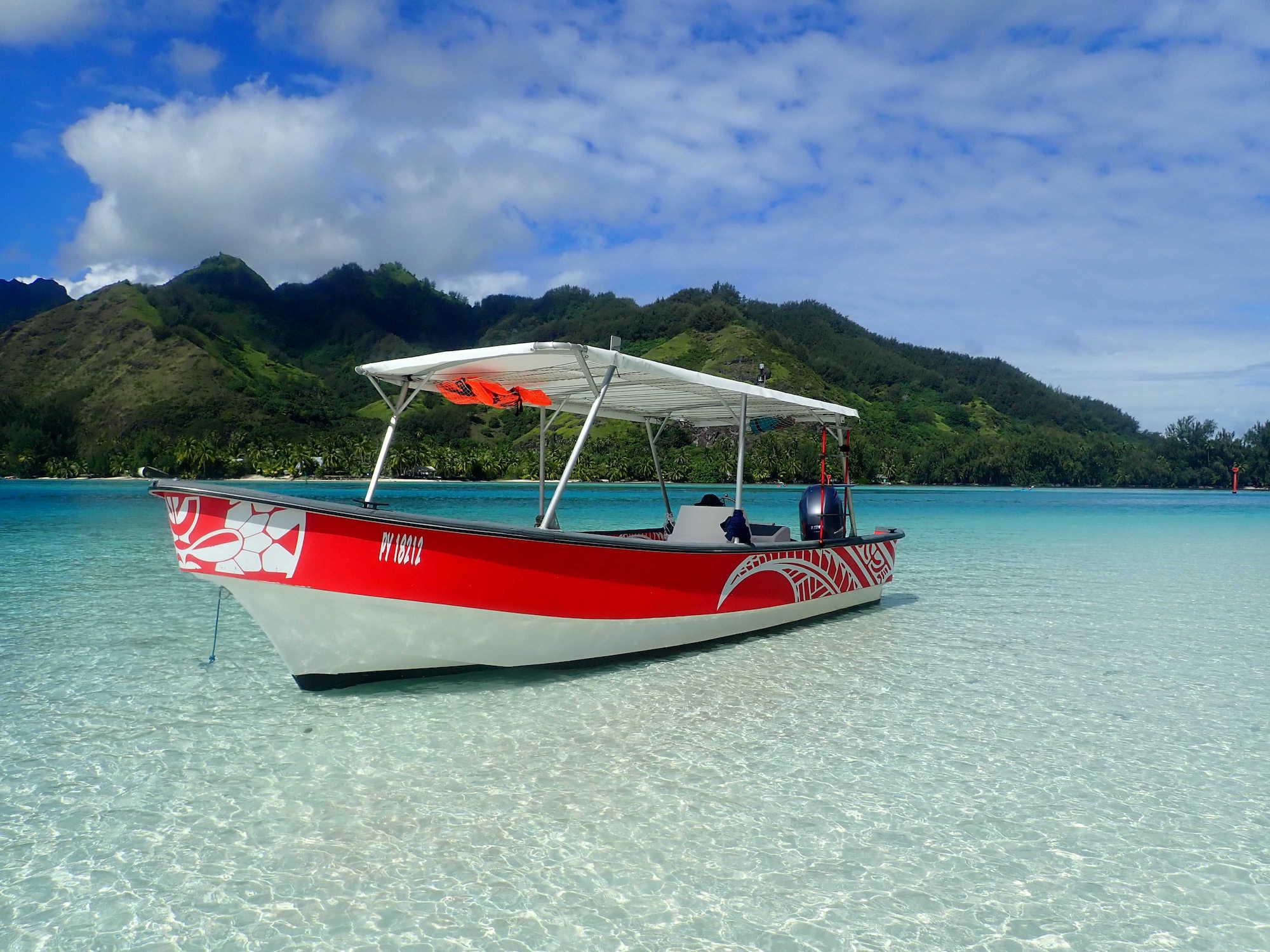 https://tahititourisme.jp/wp-content/uploads/2020/09/Boat-Hinaloa.jpg