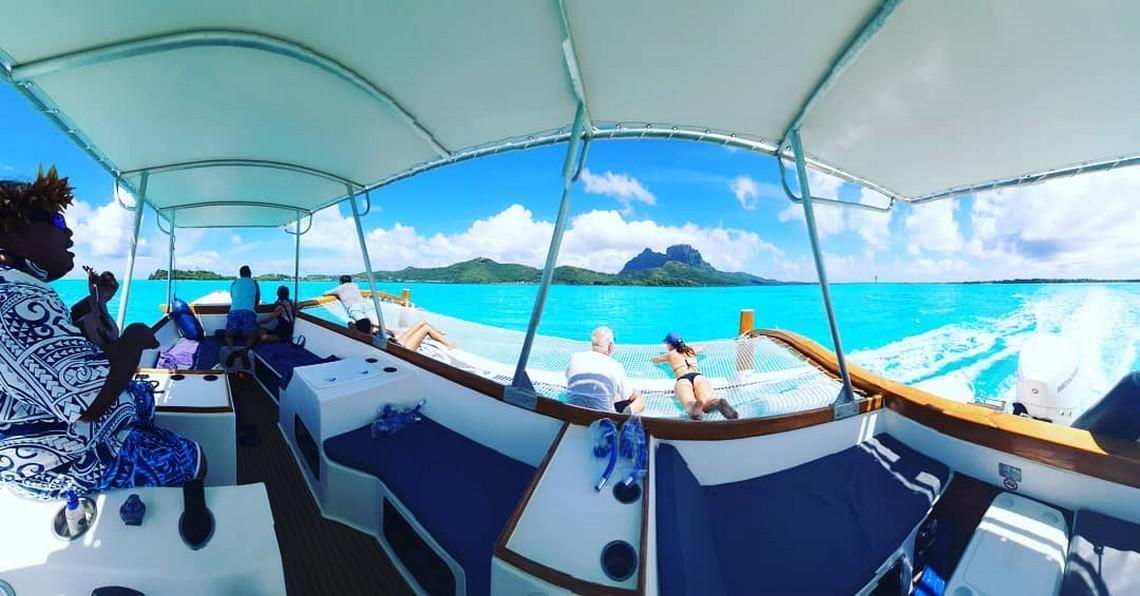 https://tahititourisme.jp/wp-content/uploads/2020/11/Lagoon-Srvice-Bora-Bora-4.jpg