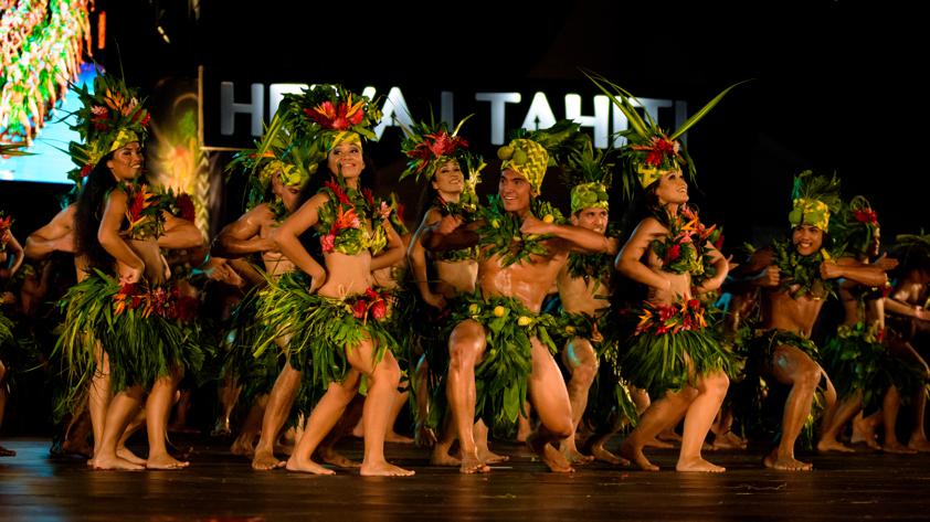 ヘイバ・イ・タヒチ は、毎年7月にタヒチ島で開催されるポリネシア最大のお祭りです